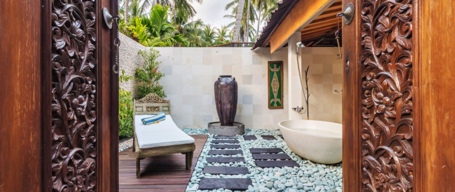 Private outdoor spa with tub in Villa Saraswati at Citakara Sari Estate